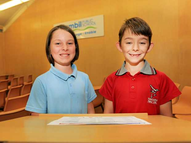 SMART COOKIE: Barkers Vale Public School student Kaara Stephens-Smith and Terranora Public School student Bradley Gilmour competed in the Premier's Spelling Bee.