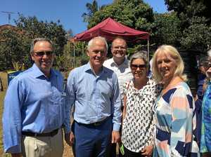 Turnbull drops in for a visit at Buderim's Men's Shed