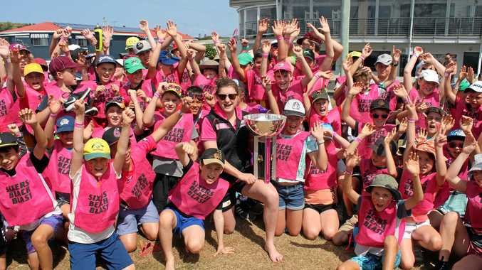 ALL PINK: Sydney Sixers cricketer Emily Leys at the Beach Blast cricket clinic at Lennox Head.