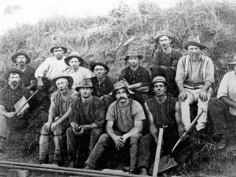 Railway workers employed to build the last section of line over the range between Eumundi and Cooroy, ca 1890.