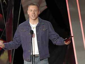 Macklemore caught up in same sex marriage debate