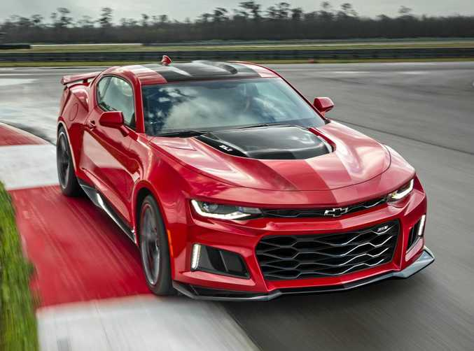 The 650-horsepower 2017 Chevrolet Camaro ZL1 coupe rockets from97kmh in 3.5 seconds and through the quarter mile in 11.4 seconds.