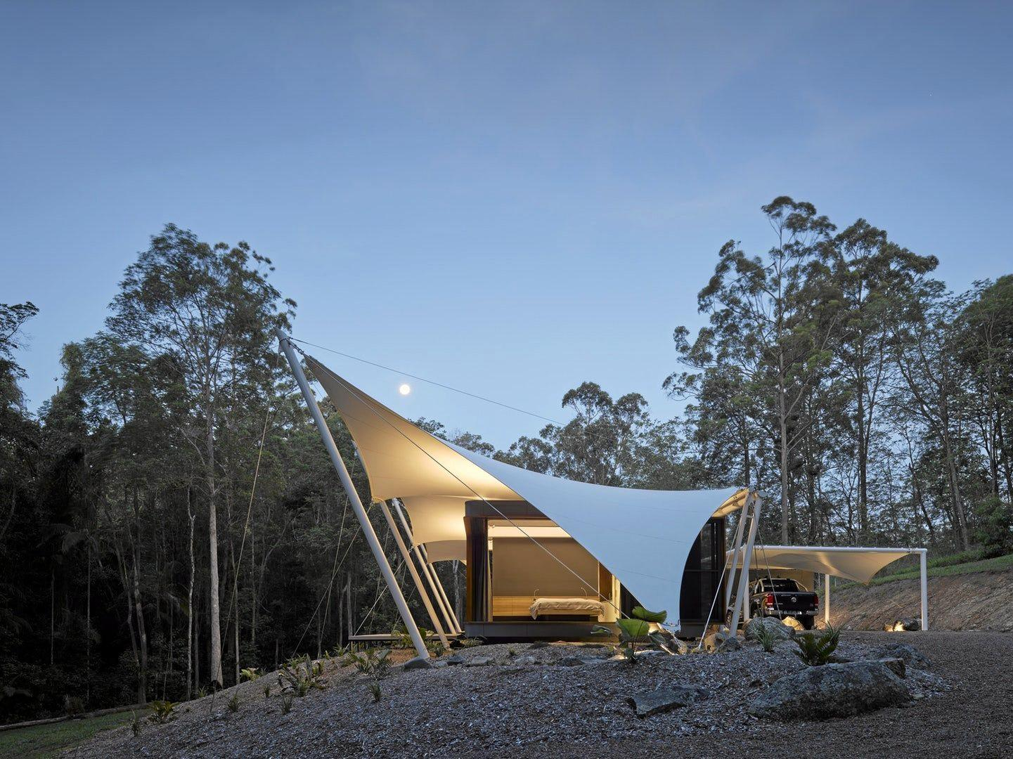 Tent House, Noosa hinterland, by Sparks Architects.