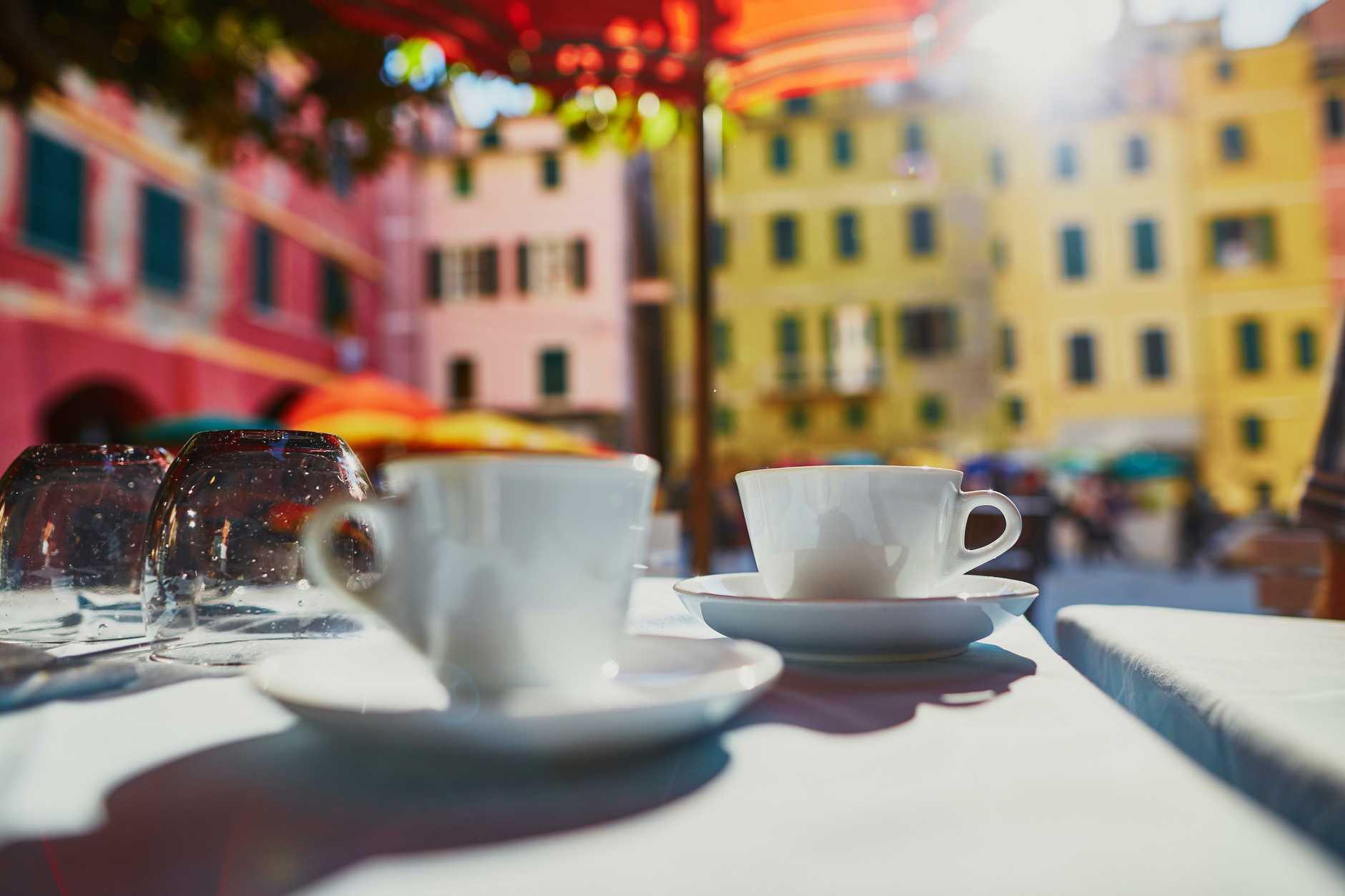 A coffee break in Vernazza.