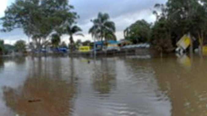 Flooding in Dawson Street, Lismore.