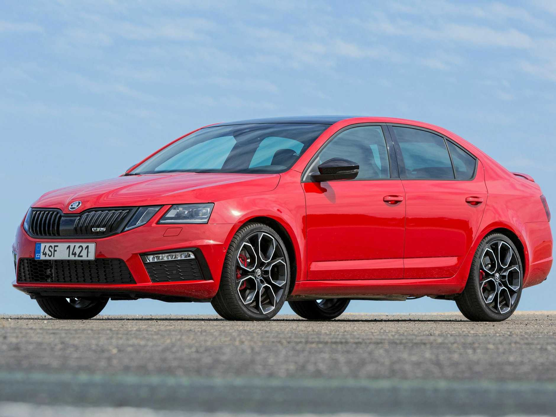 2018 Skoda Octavia RS 245 sedan has 180kW and 370Nm and high level of equipment over and above the standard RS.