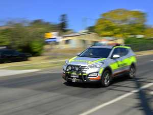 Three injured in Sunshine Mwy smash