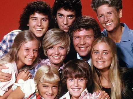 The cast of Brady Bunch (front row) Susan Olsen, Mike Lookinland (middle row), Eve Plumb, Florence Henderson, Robert Reed, Maureen McCormick, (back row) Christopher Knight, Barry Williams and Ann B. Davis.