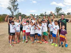 Local community flocks to Ecco Ripley for second footy clinic