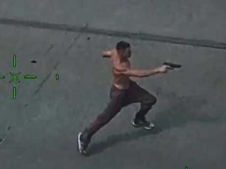 Armed fugitives take police on dramatic car chase