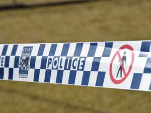 Man found submerged in car off Bruce Hwy