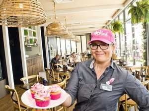 Barista buddy supports friend with cupcake campaign