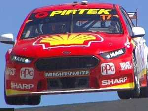 McLaughlin destroys Bathurst lap record in practice