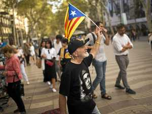 Spain suspends Catalan session