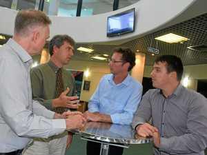 Jones backs CQUni in fight against funding cuts