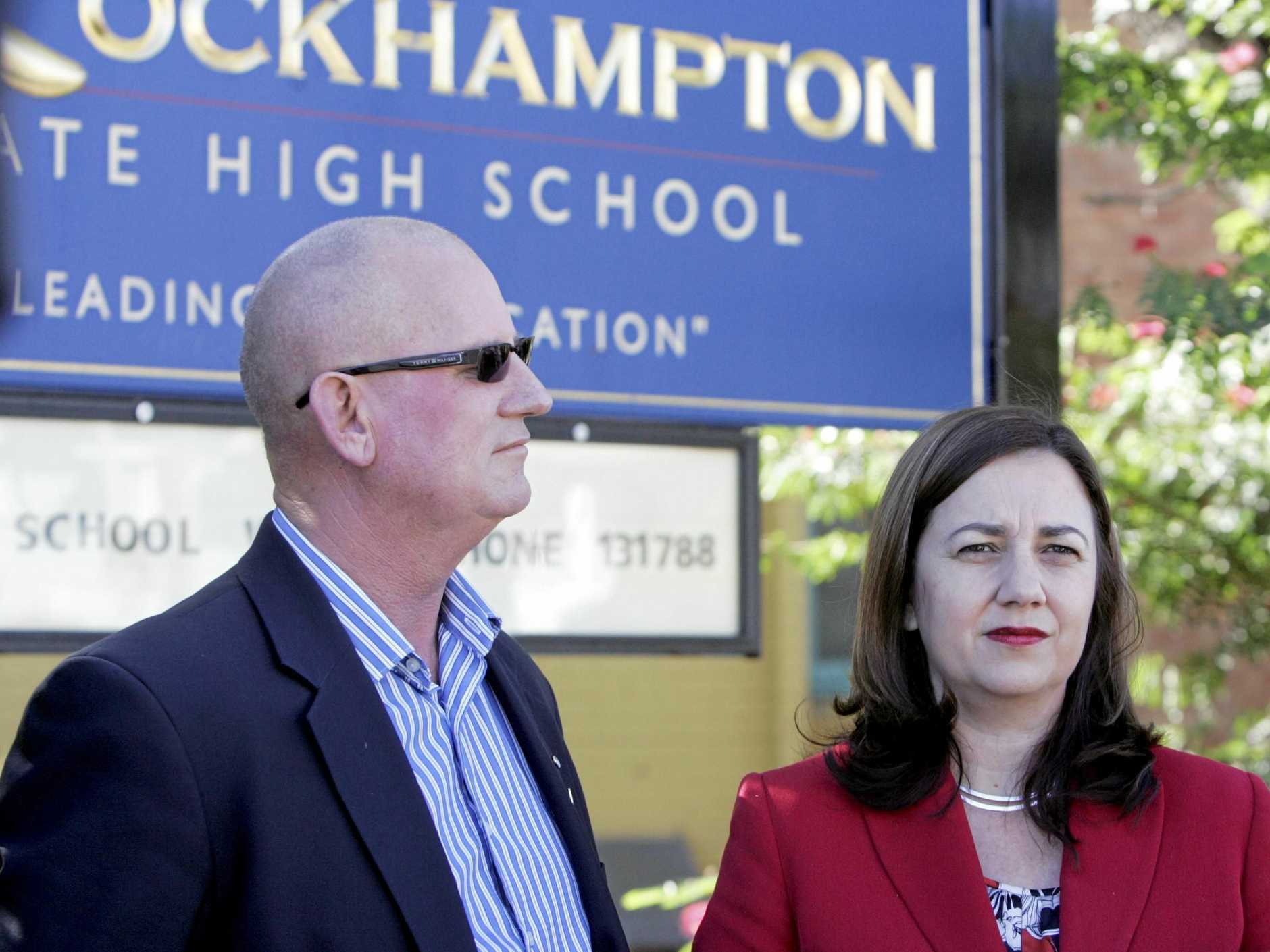 Opposition leader Annastacia Palaszczuk and Member for Rockhampton Bill Byrne at Rockhampton High School. Concern over job losses intended by Government.         Photo Sharyn O'Neill / The Morning Bulletin
