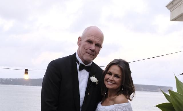 Lisa Wilkinson and Peter Fitzsimons renew their wedding vows.