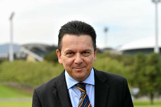 Senator Nick Xenophon has announced he will quit federal parliament to run in the South Australian state election.