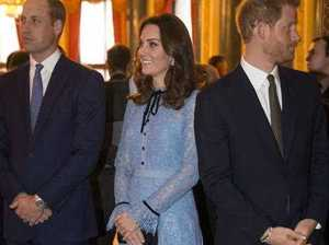 Duchess of Cambridge debuts bump for baby No.3