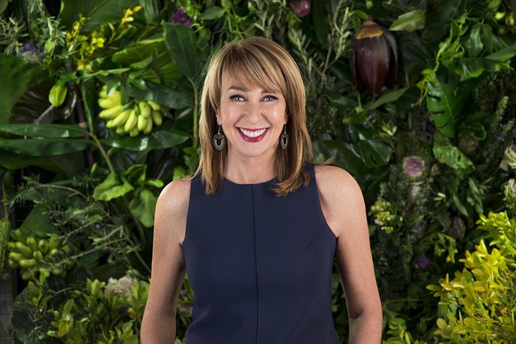 Maeve O'Meara returns in Food Safari Earth.