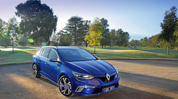 road test renault megane gt wagon has some wallop sunshine coast daily. Black Bedroom Furniture Sets. Home Design Ideas