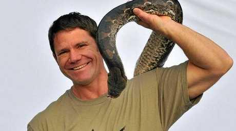 Steve Backshall.