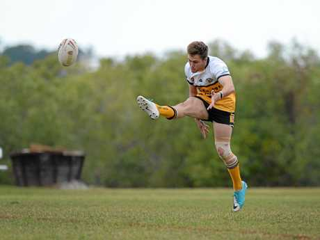 Ryan Flintham in action for Rockhampton in the 47th Battalion under-20 carnival.