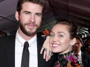 Miley Cyrus, Liam Hemsworth officially single again