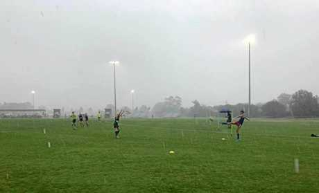 The Queensland Schools 10-12years state invitational carnival on the Sunshine Coast has been called off after Darling Downs played one game.