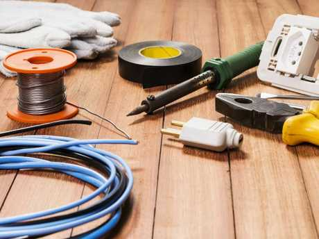 Commercial electricians are required for a Kearneys Spring project.