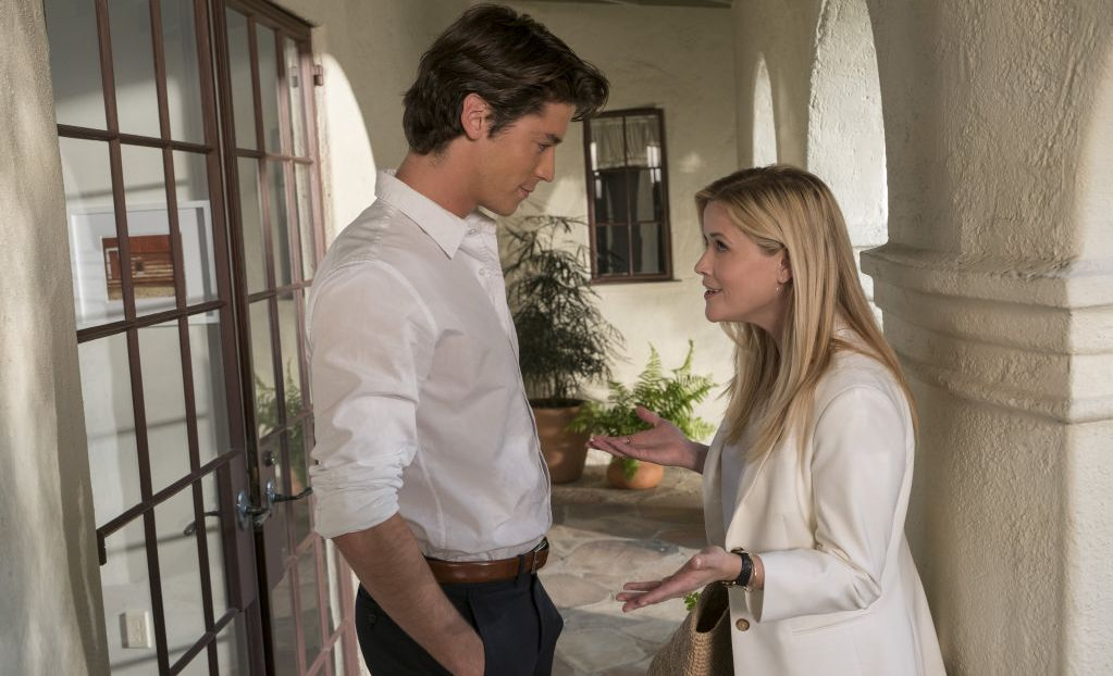 Pico Alexander and Reese Witherspoon in a scene from the movie Home Again.