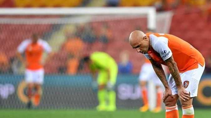Massimo Maccarone of the Roar reacts to another loss. Photo: Getty.