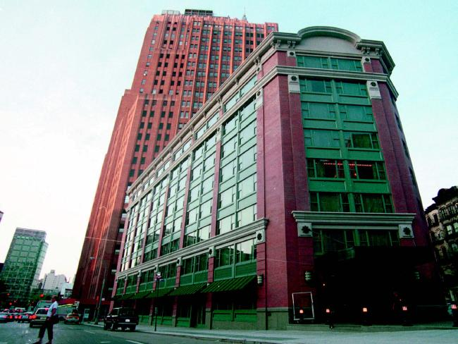 AUGUST 2001 : Tribeca Grand Hotel in downtown Manhattan, New York City, 08/01. USA / Exterior