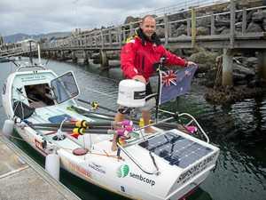 Locals in oar as Kiwi attempts mammoth crossing