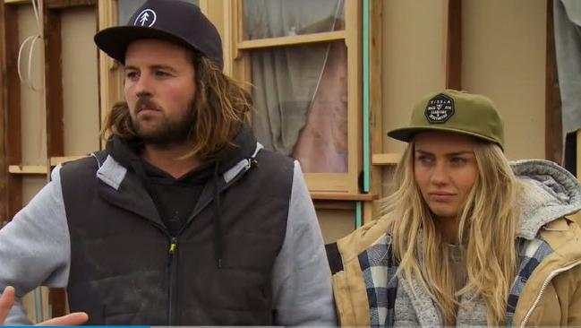 Josh and Elyse lodge their complaint with Scott Cam.