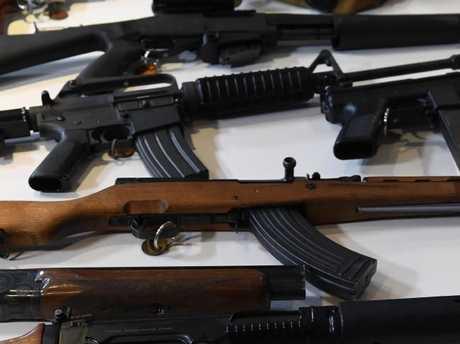 VICTORIA POLICE ILLEGAL GUNS