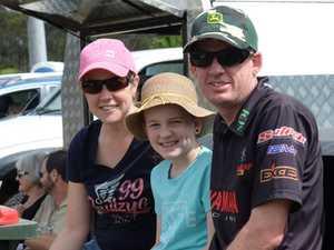 Cindy, Kloe and Scott Unwin.