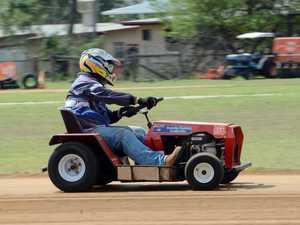 Mower racing at Yaamba - B Grade Paul Reeves.