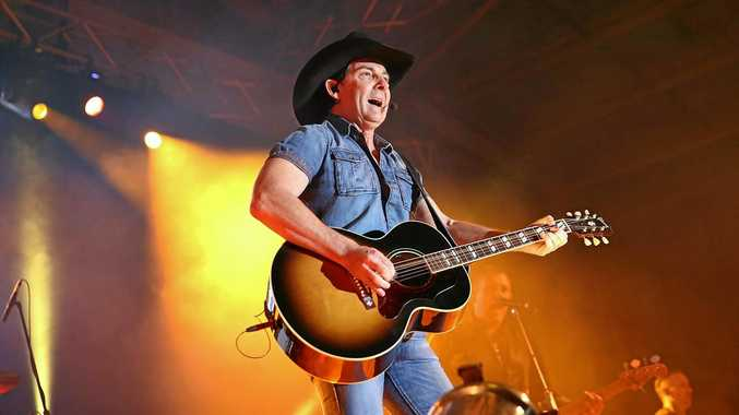 Country music legend Lee Kernaghan will perform at the Great Western Hotel as part of the Rockin Rocky music festival.