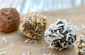 Easy Chocolate Truffles.