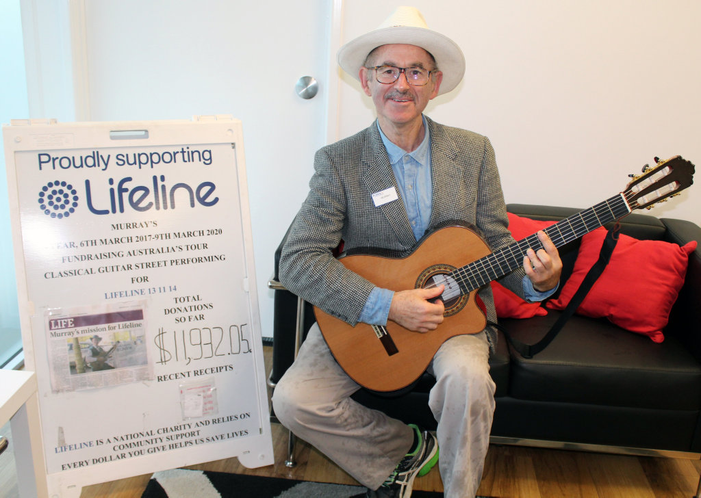FUNDRAISING TOUR: Street performer Murray Mandel will be performing at Stockland shopping centre to raise money and awareness for Lifeline Australia.