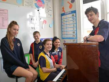 The best of the Warwick High Talent Quest, Georga Tumata, Tyron Cruice, Tess King, Luisa Schramm and Logan Cruice.