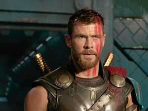 REVIEW: Thor Ragnarok is a total blast