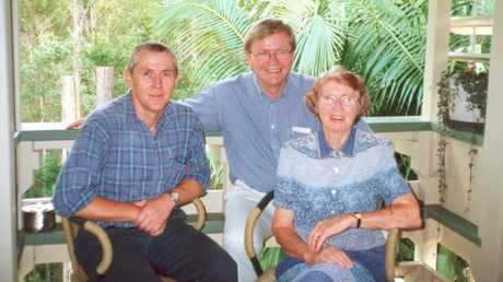 Kevin Rudd (centre) with his brother Malcolm and mother Margaret in 2003.
