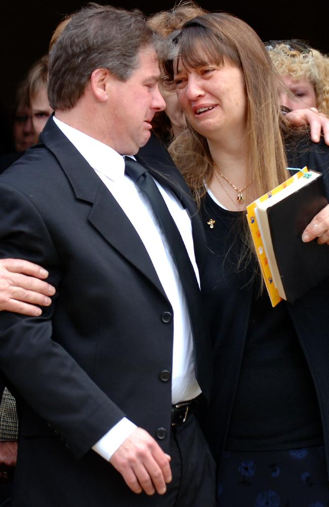 Robert Farquharson and his former wife Cindy Gambino at the funeral of their sons Jai, Bailey and Tyler who he murdered in 2005.