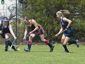 Mackenzie Diprose (centre) goes forward for St