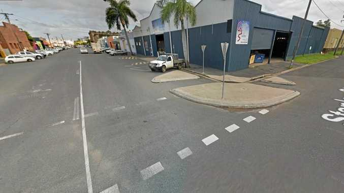 ASSAULT: 16-year-old boy assaulted on the corner of East St and Stanley St.