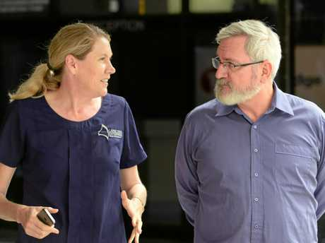 GOOD CHAT: Mary Carroll from Capricorn Enterprises with Greens convenor Andrew Bartlett.
