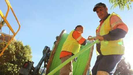 The National Broadband Network is switching to fibre-to-the-curb technology.
