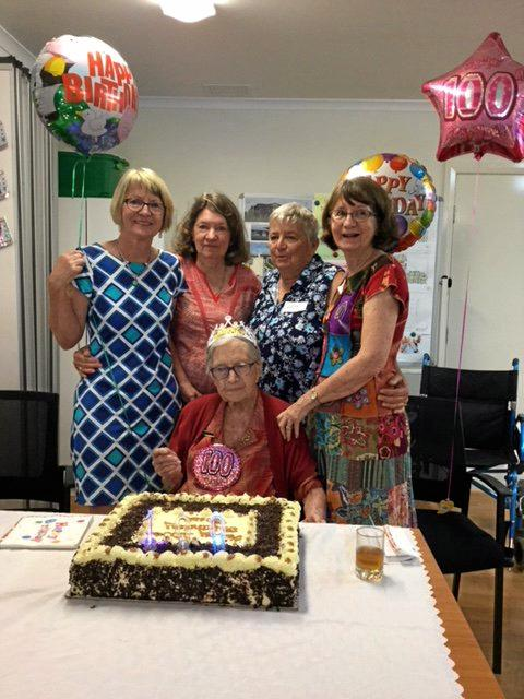 Bessie Saunders with her four daughters (l to r) Margaret Haigh, Pat Esdale, Barbara Saunders and Judy Uhlmann at her 100th birthday party.